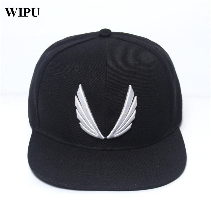 2017 New Fashion Red Black Hat Baseball Cap HipHop Cap Co Snapback Gym Sport Cap High quality Men Women Adjustable