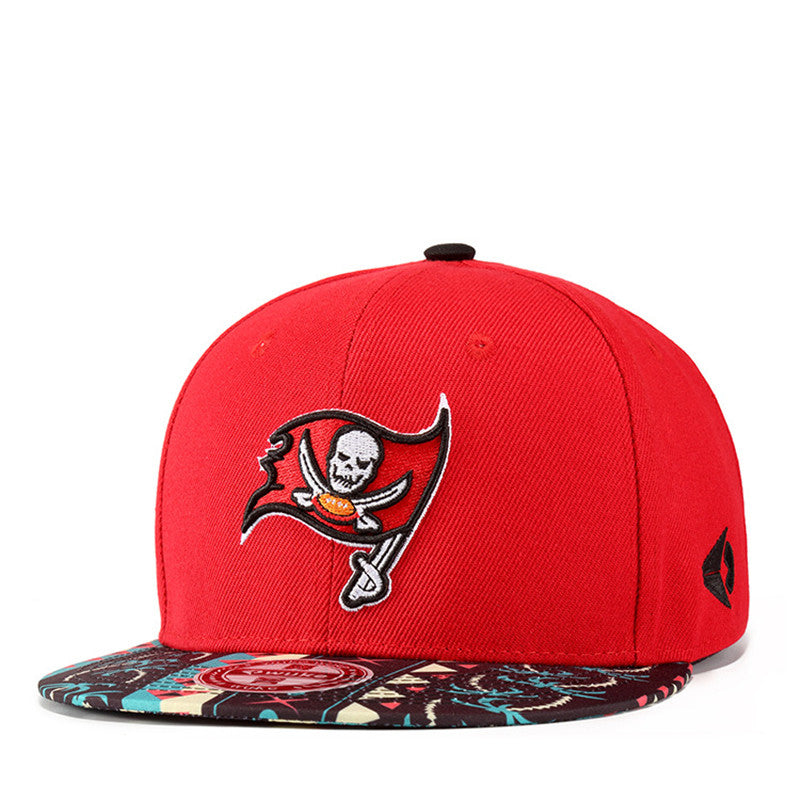 [WUKE] Fashion Embroidery Skull Flag Bone Man Woman's Red Baseball Flat Brimmed Snapback Casquette Caps HIP HOP Bboy Hats