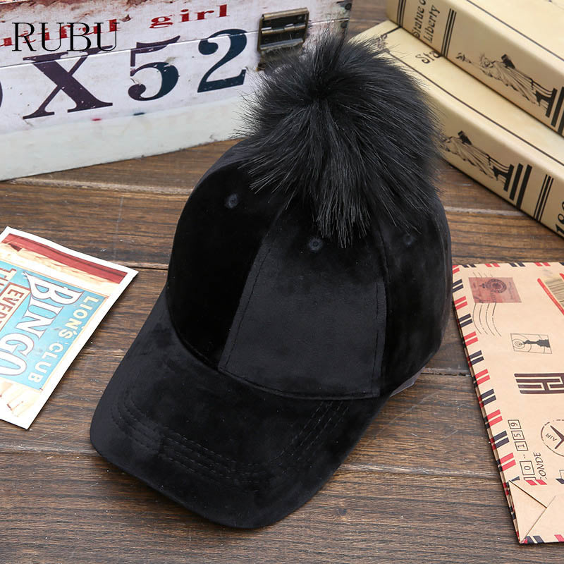 Winter hat lady fur ball baseball cap gold velvet warm bend along the cap feel soft and warm Hat with ball decoration