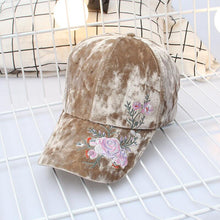 Load image into Gallery viewer, Women Velvet Baseball Cap Embroidered girl Bone cap Fashion Snapback Balls cap Flowers Hat Women Gorras Adjustable Warm hats