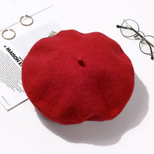 Load image into Gallery viewer, Wool Beret Hats Women Winter French Hat Girls Solid Color Fashion  Autumn Winter Beret Hat For Women Flat Cap Hat Felt Berets