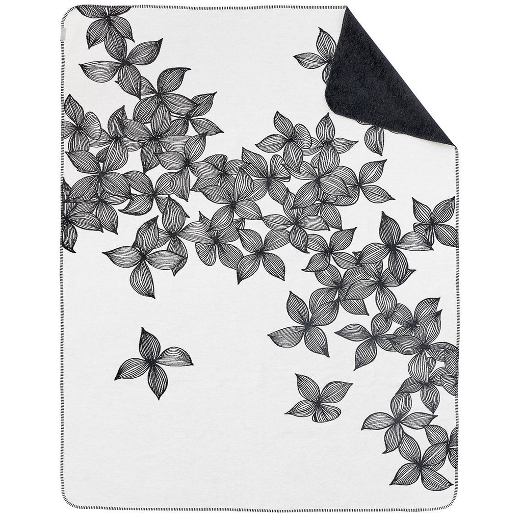 Black & White Flower Blanket