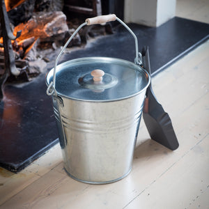 Galvanised Bucket with Lid