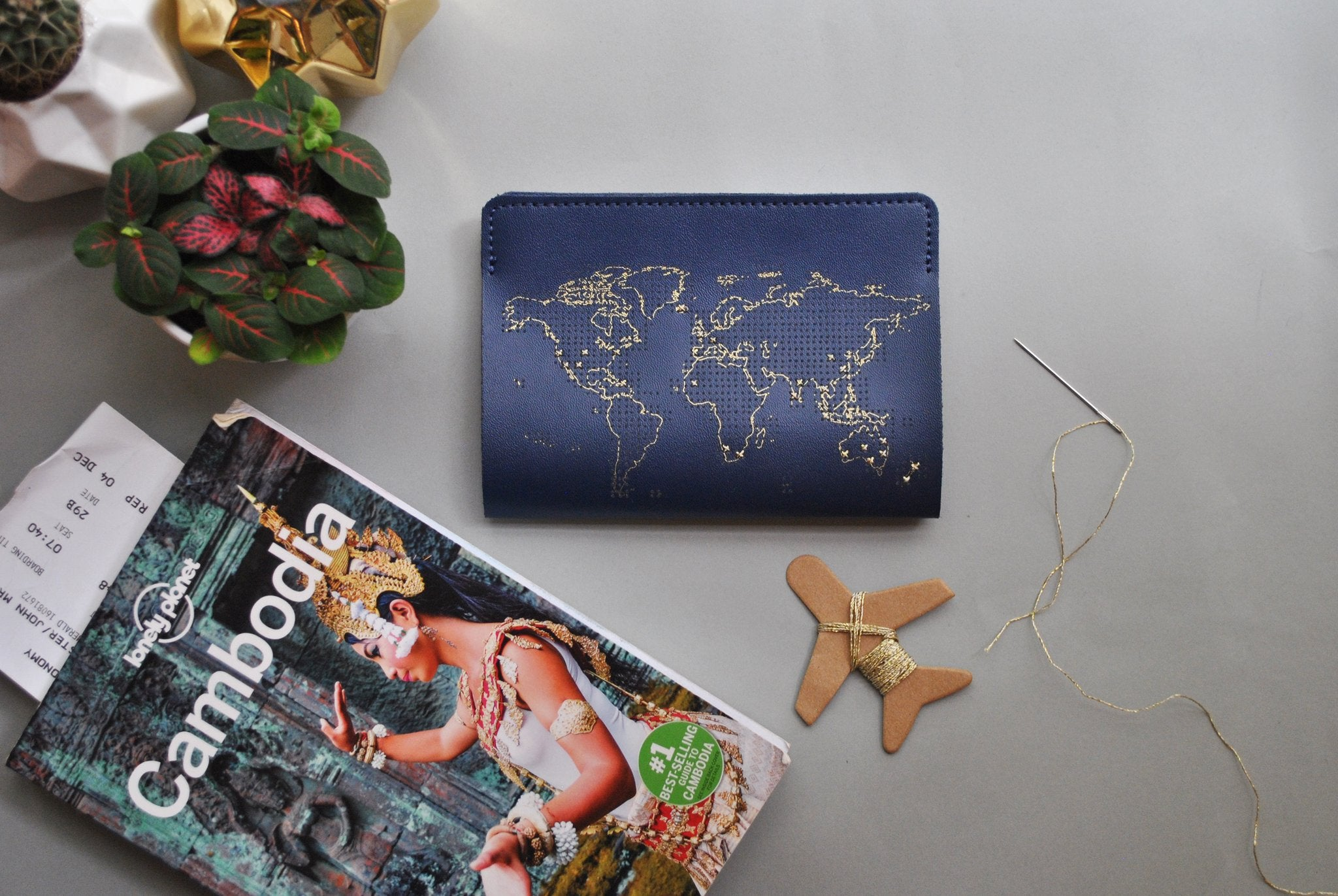 Stitch Leather Passport Cover - Navy