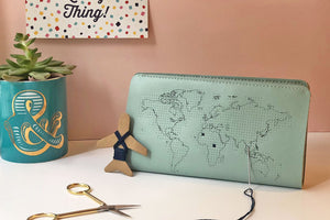 Stitch Travel Wallet - Leather - Mint