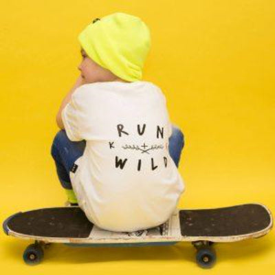 KIDULT & CO RUN WILD UNISEX TEE