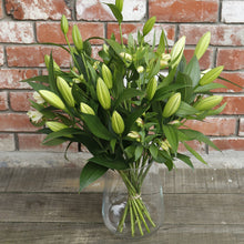 Load image into Gallery viewer, White Fragrant Lilies with Alstromeria