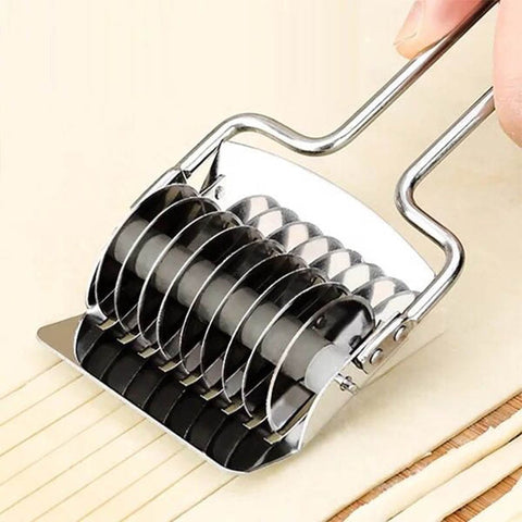Stainless Steel Noodles/Pasta Cutter (1 Pc)