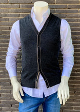 Load image into Gallery viewer, Dark grey sleeveless woolen cardigan State of Art - 20107