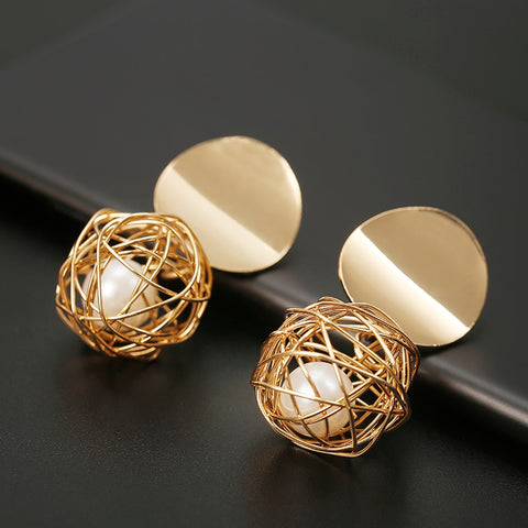 wazin - Women Golden Color Round Ball Geometric Earrings - earrings