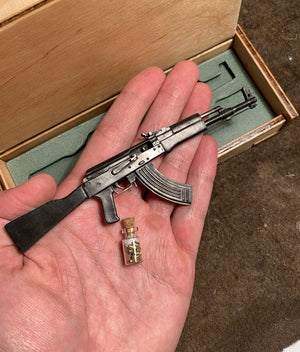 Miniature Rifle Replica - Black Edition