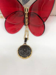 #270 Vintage Couture Necklace 23mm