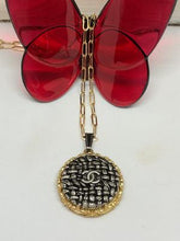 Load image into Gallery viewer, #392 Vintage Couture Necklace 30mm