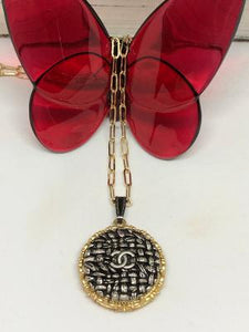 #392 Vintage Couture Necklace 30mm
