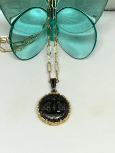 #403 Vintage Couture Necklace 23mm