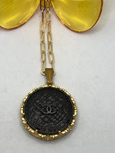Load image into Gallery viewer, #328 Vintage Couture Necklace 30mm