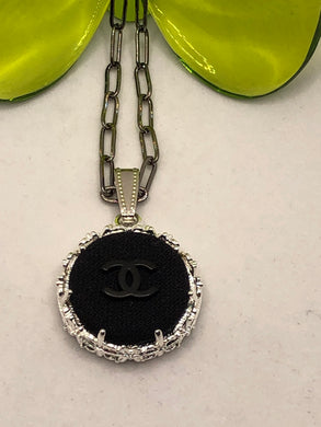 #297 Vintage Couture Necklace 23mm