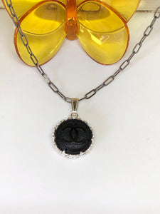 #271 Vintage Couture Necklace 23mm