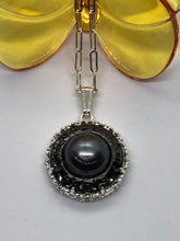 Load image into Gallery viewer, #139 Vintage Couture Necklace 28mm
