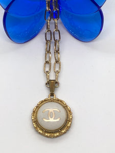 #440 Vintage Couture Necklace 26mm