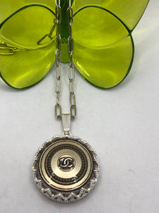 #321 Vintage Couture Necklace 28mm