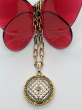 Load image into Gallery viewer, #212 Vintage Couture Necklace 28mm