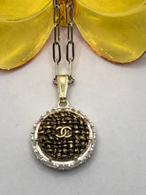 Load image into Gallery viewer, #93 Vintage Couture Necklace 23mm
