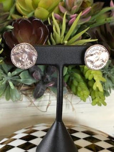 #168 Vintage Couture Earrings 18mm