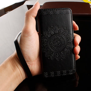 Beautiful Paisley Flower Mandala Henna Floral Pattern Leather PU Phone Case for Apple iPhone