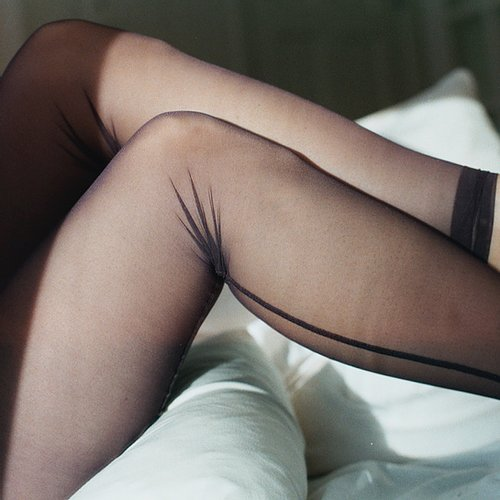 Net Tights | Raisin