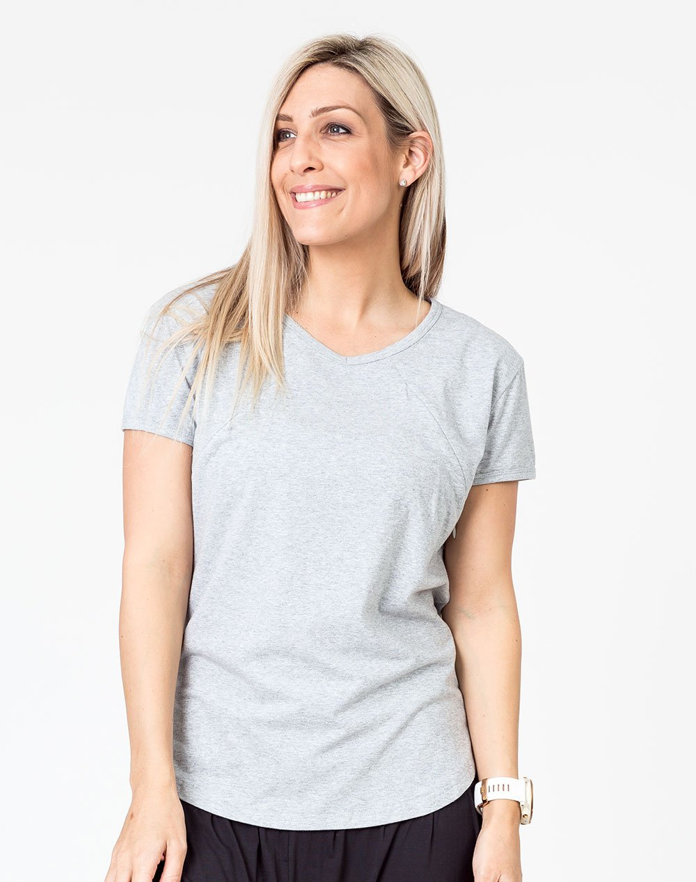 front view of a gray scoop breastfeeding t-shirt