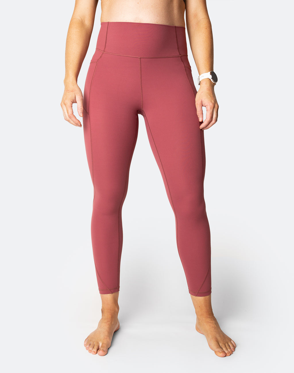 high waisted tights with pockets in the colour rouge