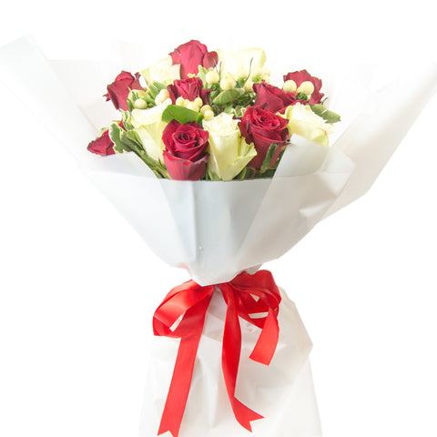 Mixed Red & White Roses Bouquet