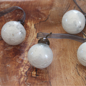 "Set of 6 Small White 1"" Crackle Glass Balls"