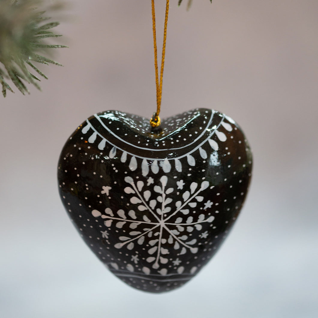 Black Snowflake Hanging Heart