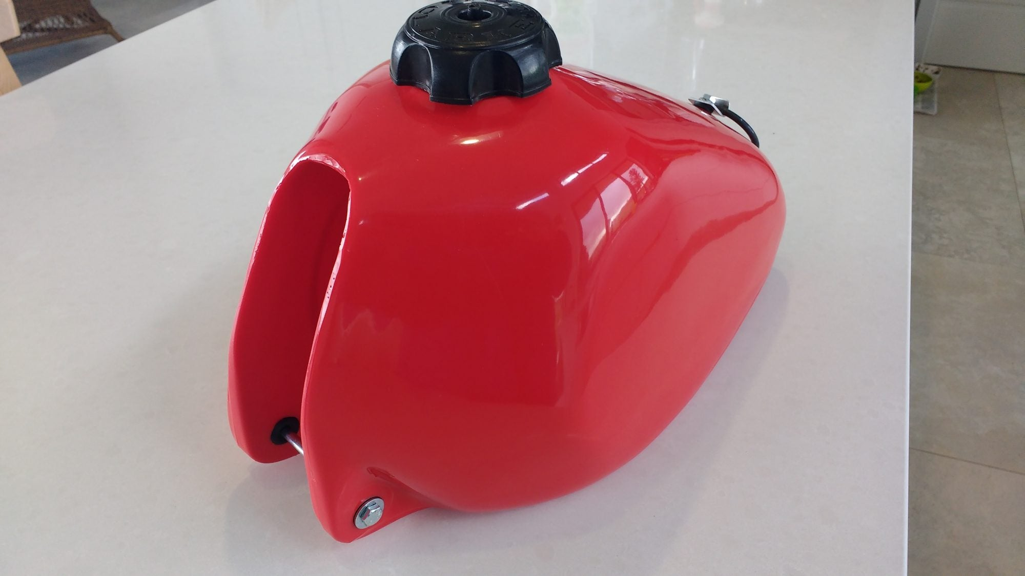 Clarke Mfg. Fuel Tank Husqvarna (1981-1983) 8.8 Lts (Red) #11368-04