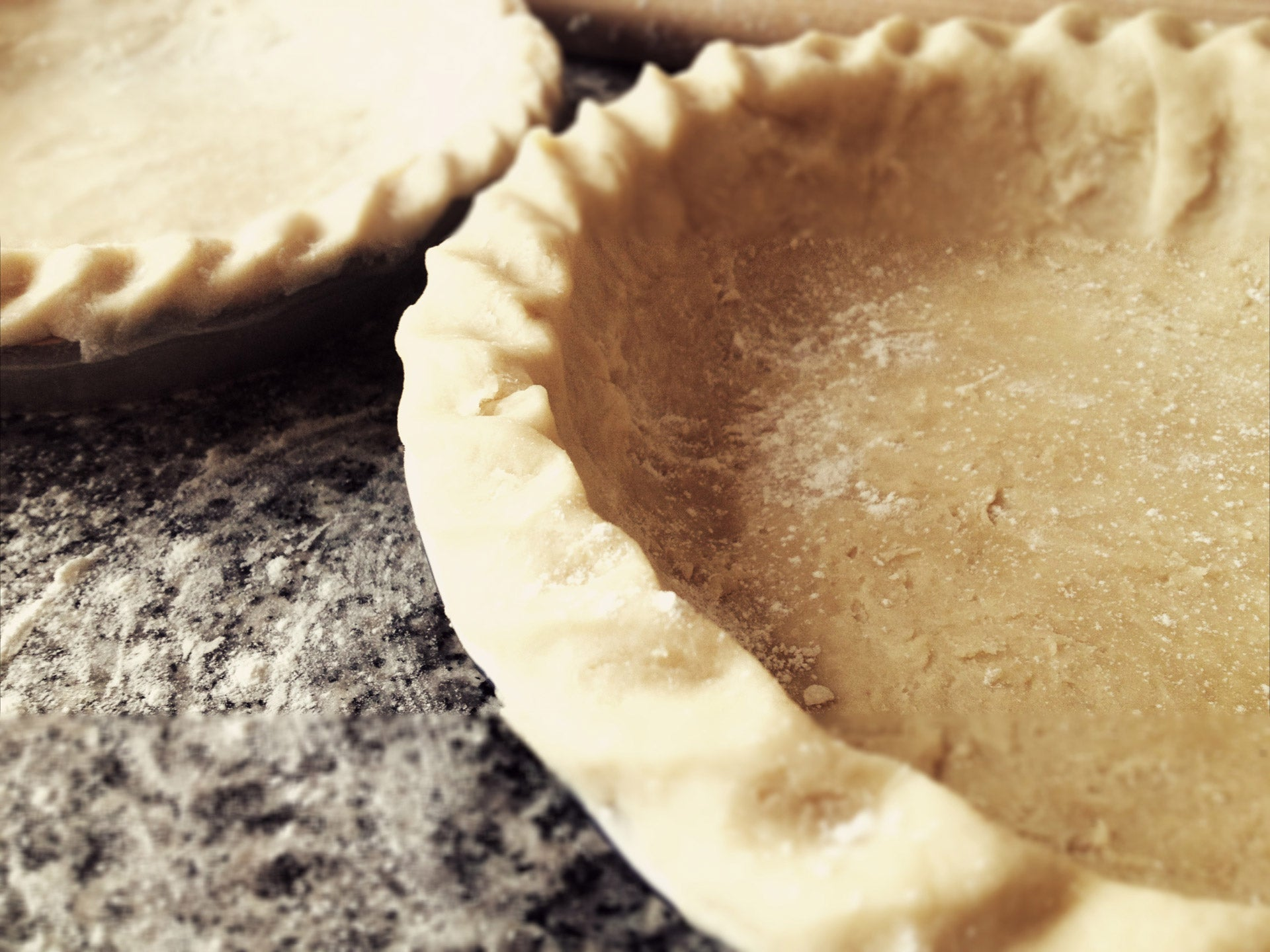 Easy Pie Crusts For Fantastic Holiday Desserts Like Pumpkin Pie