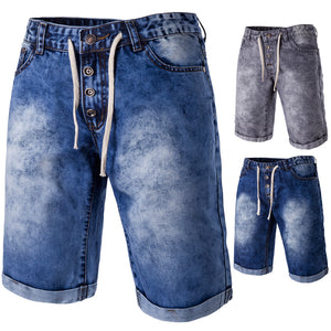 The new spring and summer Men's casual denim shorts