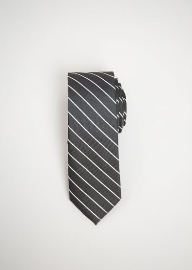 This tie is comfortable, affordable, sustainable, with a performance fit. That means it is moisture-wicking, four-way stretch, machine washable, stain-repellent, and wrinkle resistant.