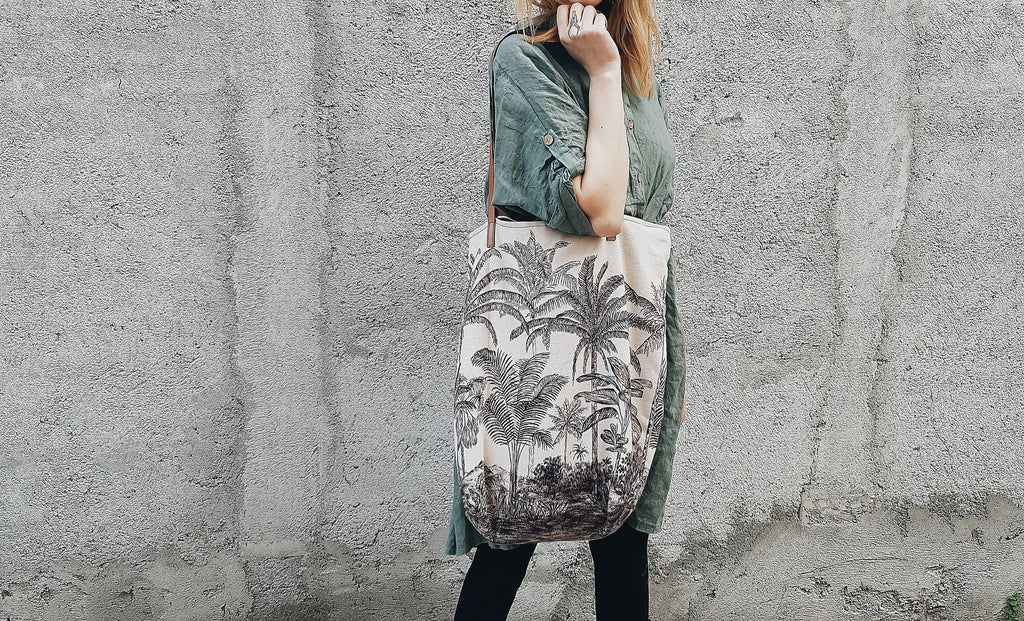 Ovesized linen tote bag