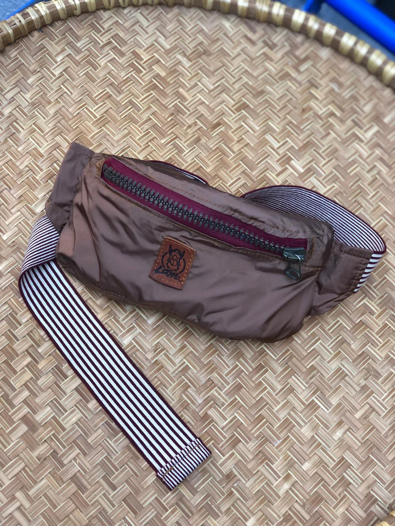 Light brown waterproof waistbag