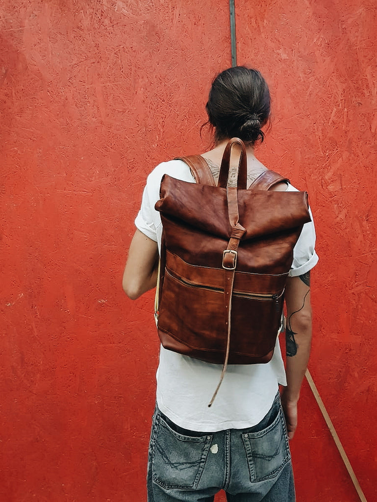Unisex rolltop leather backpack