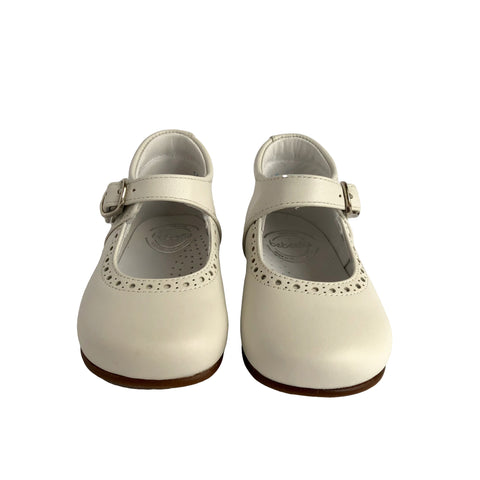 Baby Girl Shoes by Beberlis - White