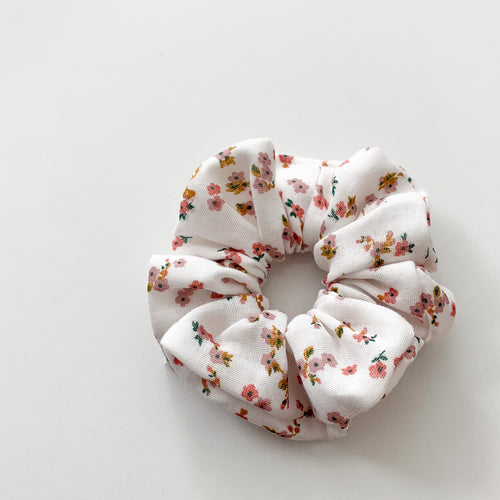 Pretty Pink Floral Scrunchies