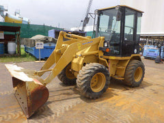 CATERPILLAR 902B 4.3 TON WHEEL LOADER