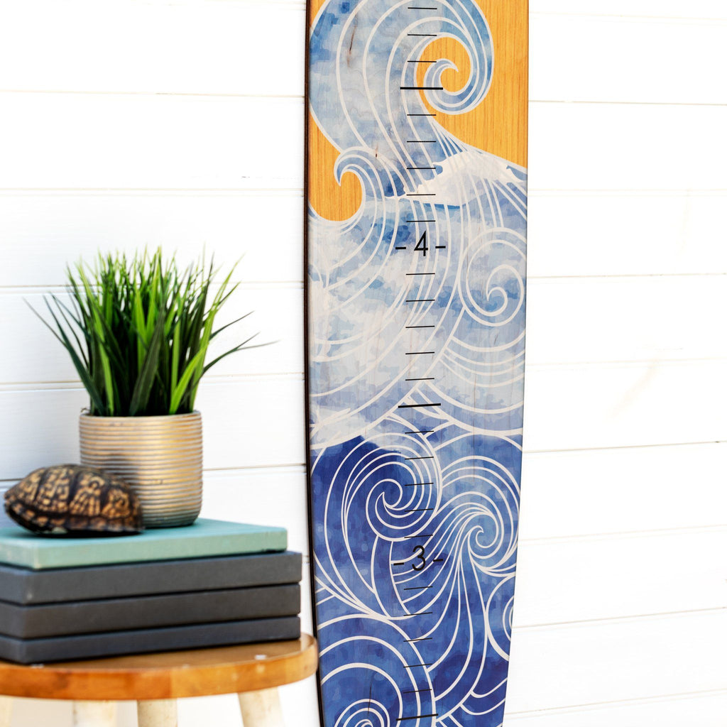 The demarcations are large and easy to read on this wave longboard growth chart.
