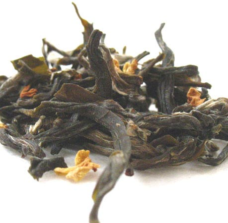 Green tea with Osmanthus flowers