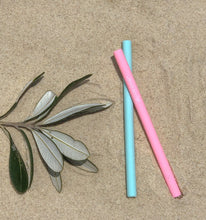 Load image into Gallery viewer, Silicone Drinking Straws - Cocktail Straw - Pink and green - Wilfred Eco