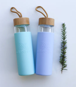 Borosilicate Glass Water Bottle - Bamboo Lid - 650ml - Wilfred Eco