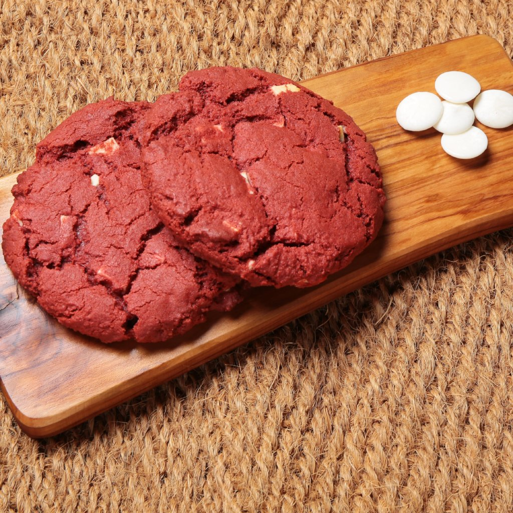 6 Large Red Velvet Cookies